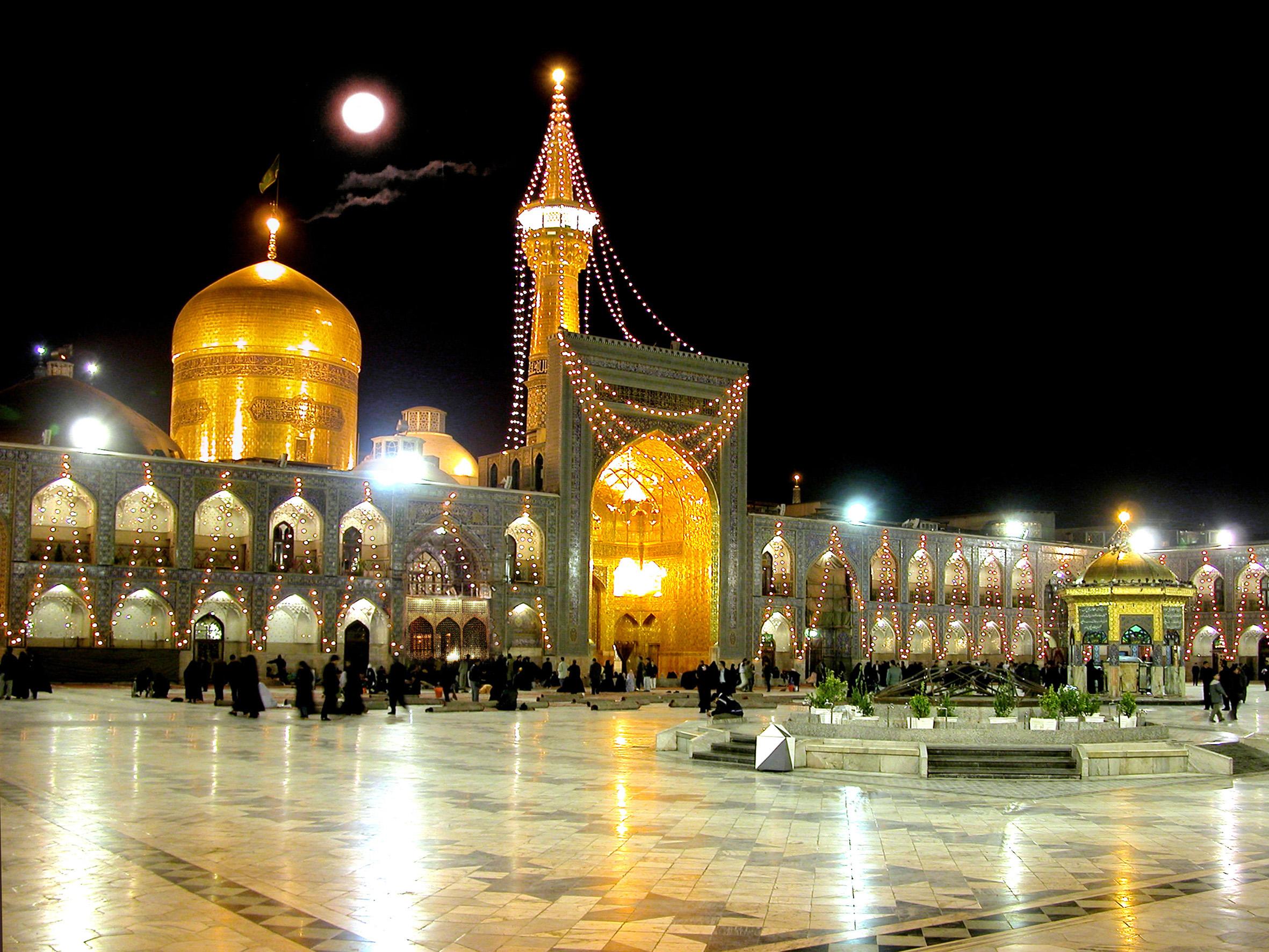 10 هزار فرهنگی با تورهای شرکت زاگرس به مشهد مقدس می روند